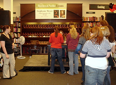 Sarah getting her books signed